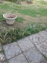 Demande d'emploi - gardien - jardinier