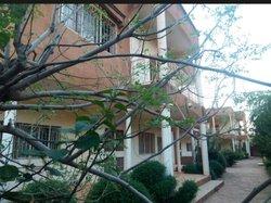 Location bureaux et commerces 2400  - Niamey
