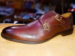 Chaussures avec boucle