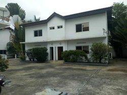 Location villa duplex - Pointe-Noire