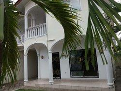 Location Villa 3 pièces - Pointe-Noire