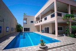 Location Villa 8 pièces 1200 m² - Porto-Novo