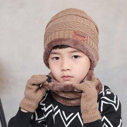 Bonnet - écharpes - gants