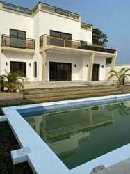 Location Villa R+2 Tchimbamba