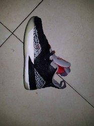 Baskets Jordan 33