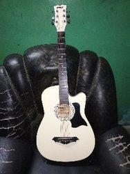 Guitare sèche 6 cordes