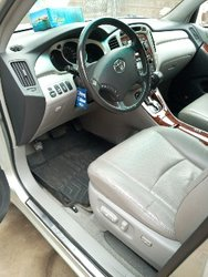 Location Toyota Highlander