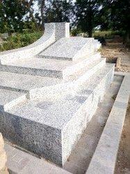 Confection de tombe en granite