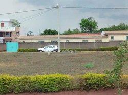 Vente bureaux & AMP ; commerces 1200  - Yamoussoukro