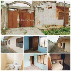 Location maison 4 pièces - Porto-novo