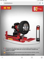 Démonte pneus poids lourd corghi