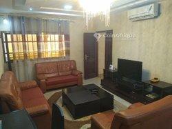 Location appartement meublé de 3 pièces - Agbalepedo
