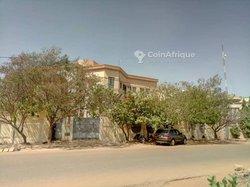 Vente immeuble R+2 - Ouagadougou