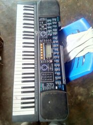 Piano Casio CTK 611