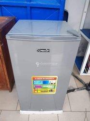 Réfrigérateur LED économique 90 l