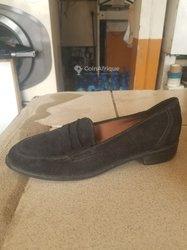 Chaussures espagnoles en cuir daim