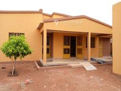 Location villa  5 pièces  - Pissy