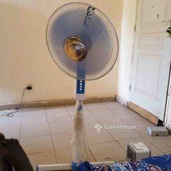 Ventilateur à pied- mini humidificateur - modem Orange