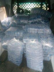 Livraison d'eau en sachet