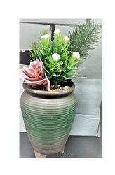 Fleurs artificielles avec pot