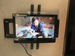 TV écran plat 19 pouces Techwood