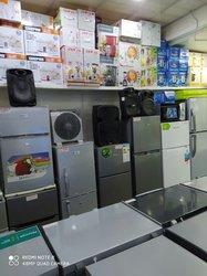 Réfrigérateur - Congélateur - Cuisinière - Fer à repasser - Ventilateur - Moulinex - Bouilloire - Table écran - Woofer - Home Cinéma - Plaque à gaz