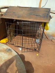 Cage en fer