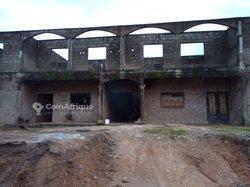 Vente immeuble inachevé - Ndombé