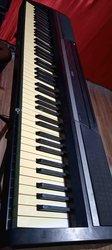 Piano korg sp-170