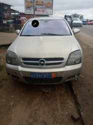 Opel Omega 2005