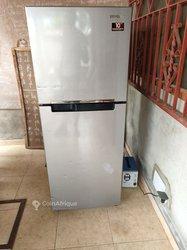 Réfrigérateur Samsung / 260 litres