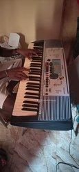 Piano Yamaha PSR 225