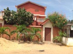 Location Villas 8 pièces - Baguida lome