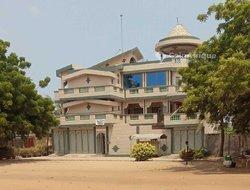 Location villa 15 pièces - Baguida Lome