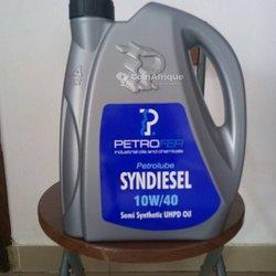 Huile à moteur Petrofer