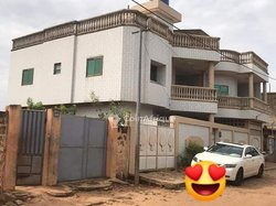 Vente immeuble R+2  - Koutongbe