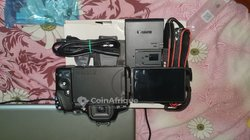 Appareil photo Canon EOS 250D