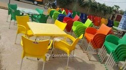 Chaises - table