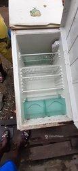 Réfrigérateur + congélateur