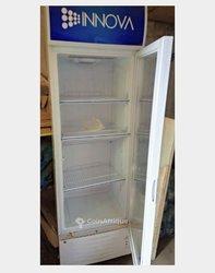 Réfrigerateur vitré - 300 litres
