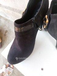 Chaussuresà talon Femme