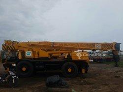 Grue Locatelli Iveco - 35 tonnes