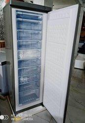 Congélateur vertical 10 casiers
