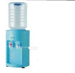 Distributeur d'eau chaude et fraîche