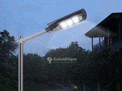 Lampadaire solaires 90w