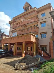 Location Immeuble R+3 - Yaounde