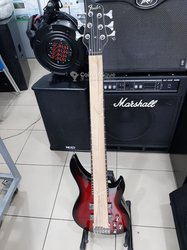 Guitare basse Fender - 6 cordes professionnelles