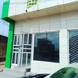 Location espace commerciale - bureau  - Calavi