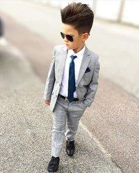 Vêtement enfants et chemise homme