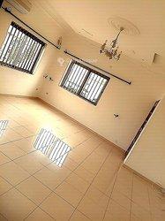 Location appartement 4 pièces - Fidjrossè